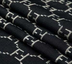 Dżins Fendi z haftem srebrnego logo