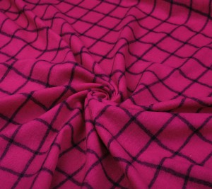Wełna kostiumowo - płaszczowa - różowa w kratę