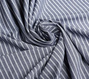 Włoska wiskoza w paski z kropeczką