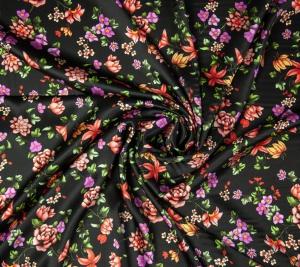 Satyna jedwabna - kwiaty na czarnym tle