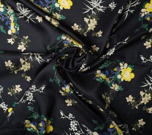 Jedwab twill kwiaty na czarnym tle